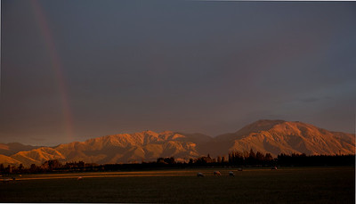 Early moning light on Mt Hutt with North Westerly behind.