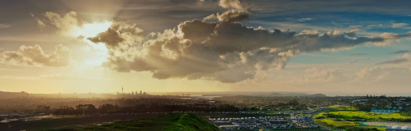 View of Auckland from the summit of Mt Wellington