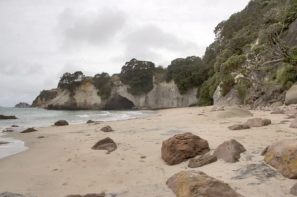 Cathedral Cove Hahei New Zealand - 4 Jul 2005