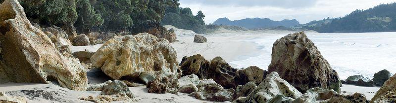 Hot Water Beach New Zealand - 3 July 2005