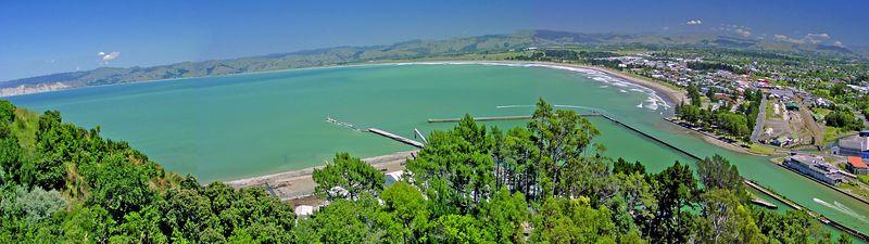 Waikanae beach Gisborne New Zealand - 1 Jan 2004