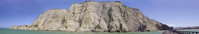 South cliff face Tolaga Bay Eastland New Zealand - 2 Jan 2004