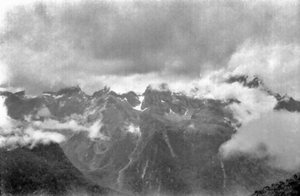 View across the valley Routeburn track Fjorland New Zealand - 197X