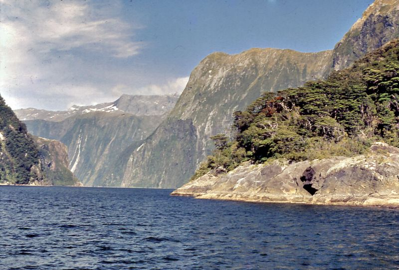 Milford Sound Milford Fjorland New Zealand - 1972