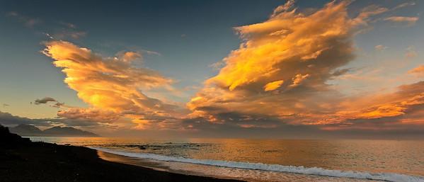 Sunset Kaikoura coast Kaikoura New Zealand