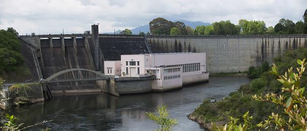 Hydro dam Karapiro New Zealand - 4 Nov 2006