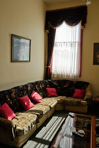 Sitting room Criterion Hotel Oamaru New Zealand