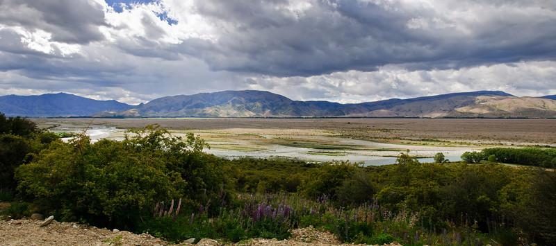 Benmore Range from the Clay Cliffs Omarama