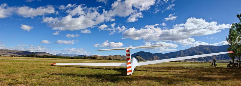 Glider on airfield Omarama