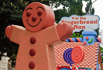 The Gingerbread Man Santa Parade Auckland