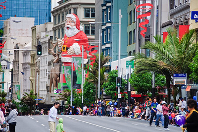 Waiting for the Santa Parade to begin Queen Street Auckland