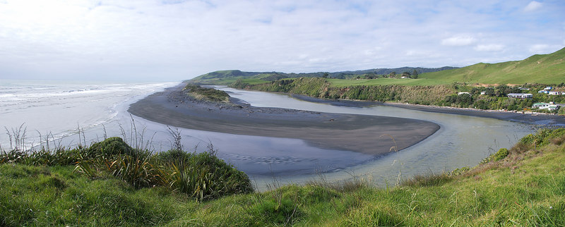 Awakino river mouth Taranaki New Zealand - 26 Oct 2006