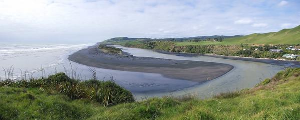 Awakino river mouth Taranaki New Zealand - 26 Oct 2006