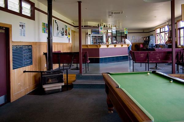 Interior Kaukapakapa Hotel Kaukapakapa New Zealand - 22 Jan 2006