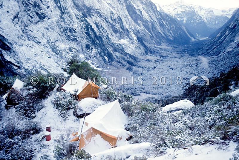 11001-70408  Fiordland scenery. Winter 'kakapo hunters' camp in the head of Sinbad Gully *