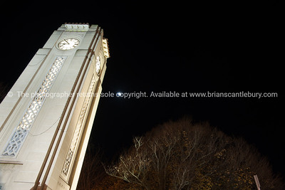 Cambridge,night scenes. Town clock