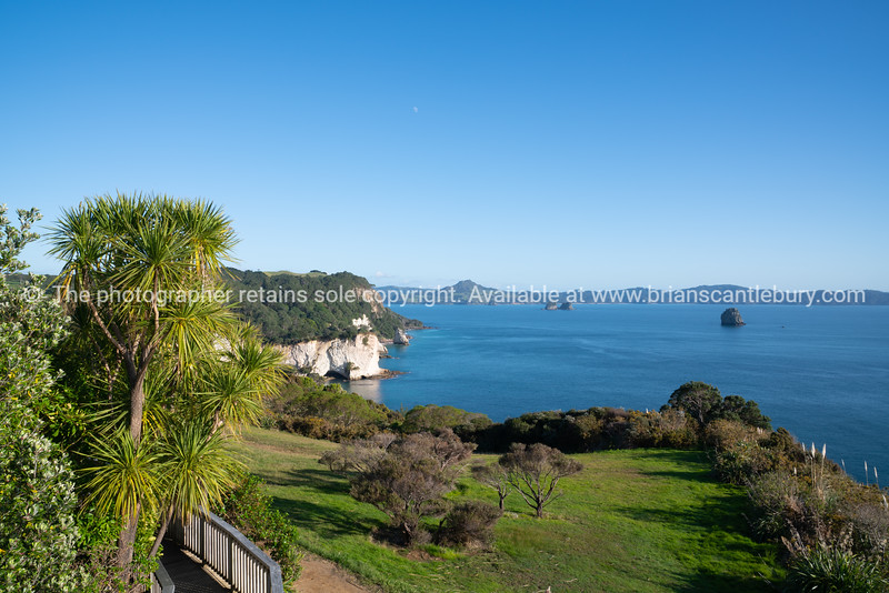 Coastal outlook from carpark for Catherdral Cove walk at Hahei