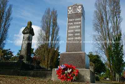 Memorial, Cemetery, Headstones with Anzac wreath in the Hamilton East Cemetery.