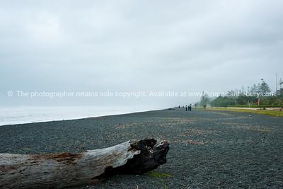 Esplanade beach, Napier. New Zealand images.