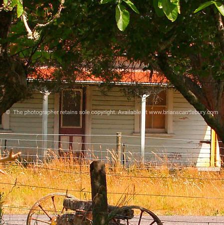 Old New Zealand farmhouse. New Zealand images.
