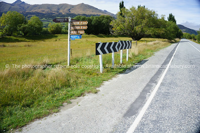 Road sign to Paradise, Routeburn, Kinloch,and Glenorchy,