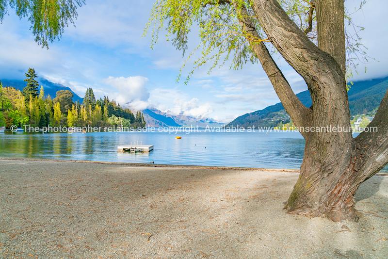 Natural beauty of Lake Whakatipu, Queenstown