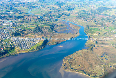 Wairoa River snaked through land to harbour