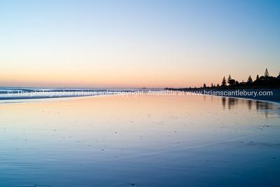 Tauranga photo; Beach before sunrise. See; www.blurb.com/b/3811392-tauranga mount maunganui landscape photography, Tauranga Photos; Tauranga photos, Photos of Tauranga Also see; http://www.brianscantlebury.com/Events