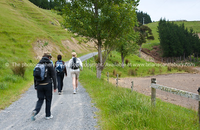 Group sets off on Tora Walk. New Zealand Image.