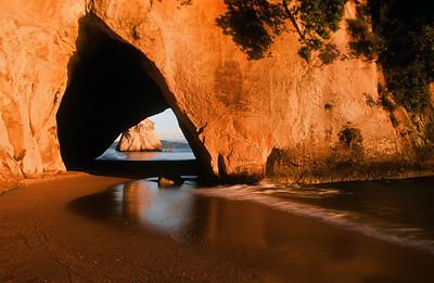 Cathedral Cove, sunrise, Coromandel Peninsula, North Island