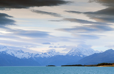 Lake Pukaki with Southern Alps, South Island