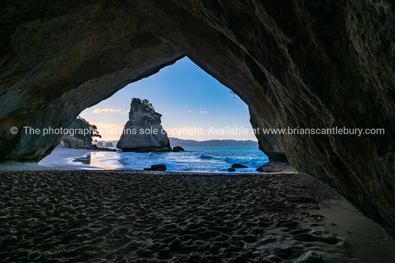 Scenic view through natural arch of Cathedral Cove