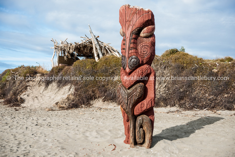 Maori carving on Ohope Beach