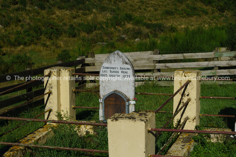 ,Lonely Grave Historic Reserve,