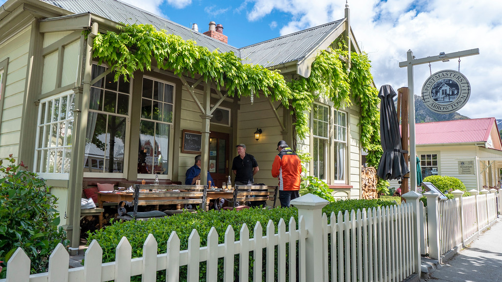 Day Trips From Queenstown: Postmasters Restaurant in Arrowtown