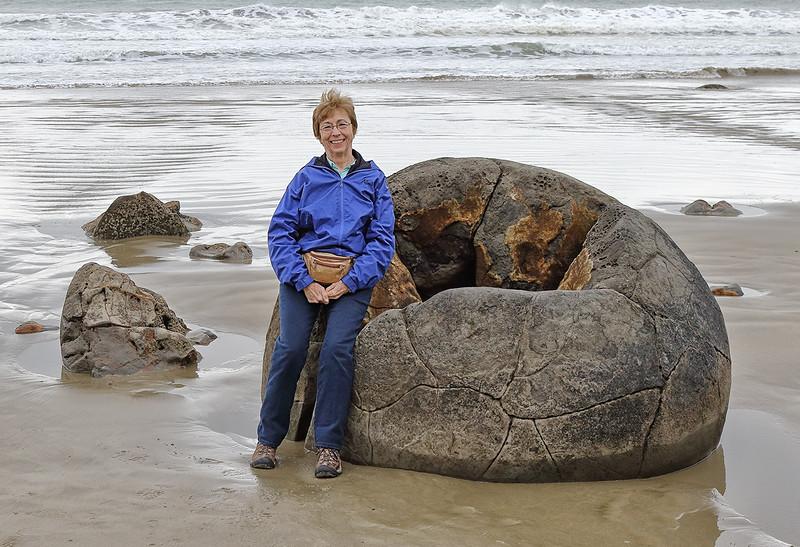 Diane and Moreaki Boulders