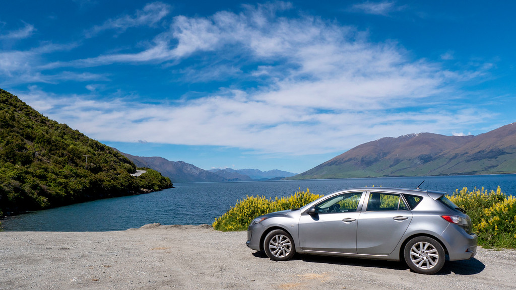 Rent a car in New Zealand - Safely park in designated areas on your New Zealand road trip