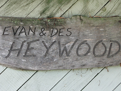 Evan & Des Heywood & family