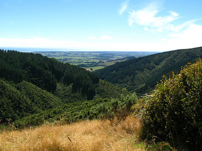 Looking back to Manakau on way up Thompson