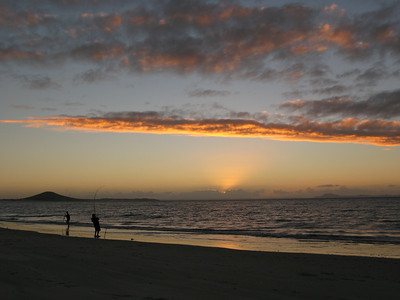 Sunset & fishing on Karikari Beach - Mount Puheke in distance