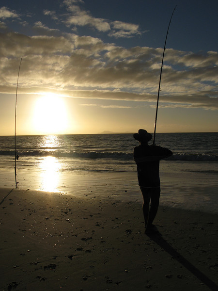 Sunset & fishing on Karikari Beach.