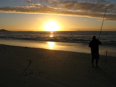 Sunset & fishing on Karikari Beach