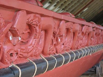 """Carvings on the Maori Waka """"Ngatokimatawhaorua"""""""