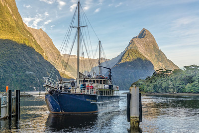 Cruise departing on Milford Sound