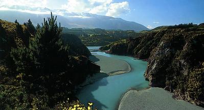 1004 - the raika river gorge