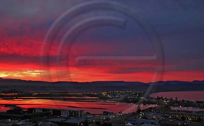 HBLA0340 Sunset Over the Bay