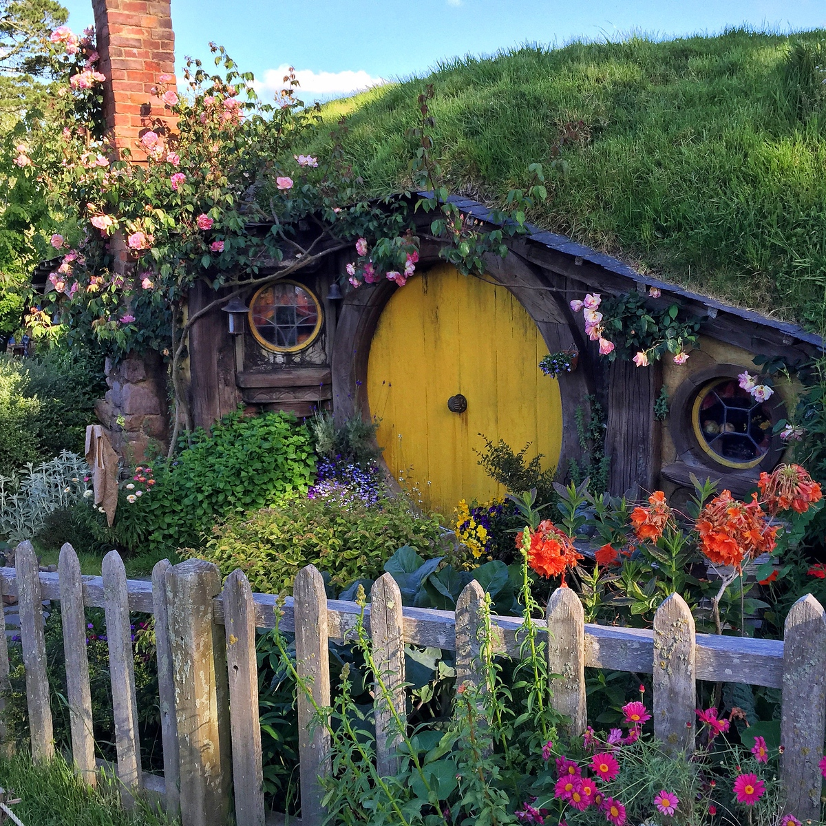 The home of Samwise and Rosie.