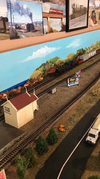 2018-02-18 - 05 Model railroad on Harbour Street in Oamaru, NZ