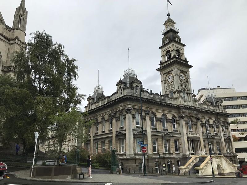 2018-02-19 - City Hall in Dunedin, NZ