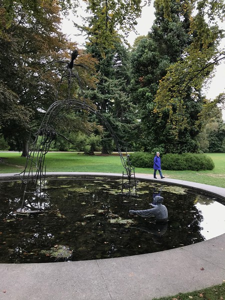 2018-03-06 - 05 Christchurch NZ botanic garden Regret sculpture